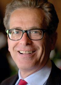 Dr. Christoph Ferch